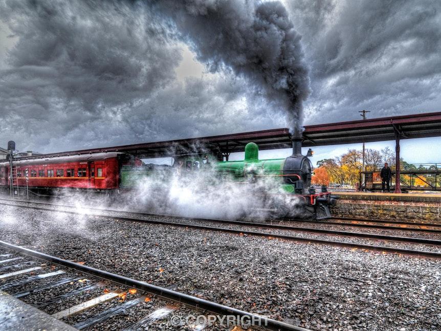 Ballarat-Railway-Station_Steam-Train_0067_20130512