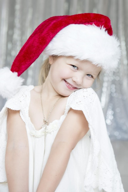 2012_santa_hat_photos_mia_03