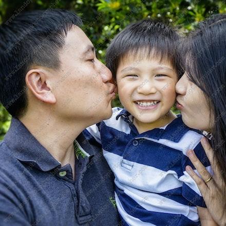 Khuu Family