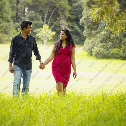 Anusha and Adi - maternity photos sydney