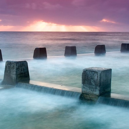 Seascapes - A collection of beautiful seascape images. Australia is internationally renowned for it's amazing beaches and waterways.