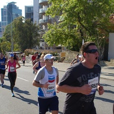 2012 Chevron City to Surf - Main Race