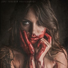 Horror / Beauty