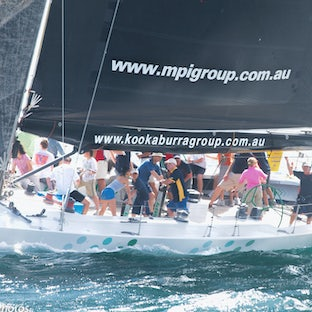 Yachts and Yachting - Images of yachts on Sydney Harbour